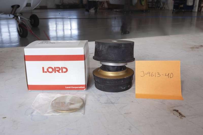 Lord engine mount J-9613-40